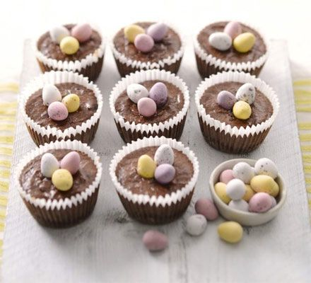 Mini chocolate cheesecakes. Kids will love making these little chocolate cupcakes, with a crunchy biscuit base and Easter egg topping
