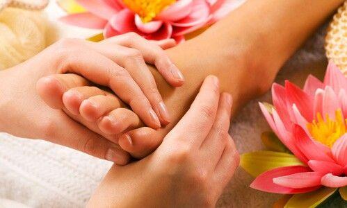 Pedicurebehandeling #voetmassage#