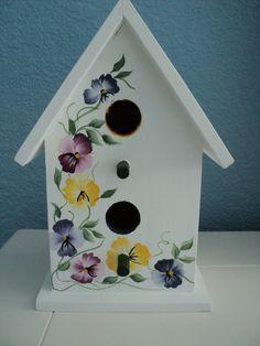 Maison d'oiseau peint à la main : pensées Design
