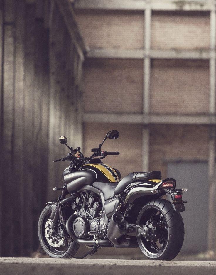 Vintage Cafe Racer Yamaha