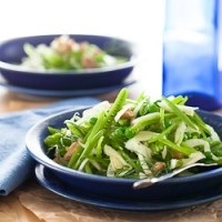 Sugar Snap Pea and Fennel Salad with Apple Cider Vinaigrette from @Sylvie | Gourmande in the Kitchen