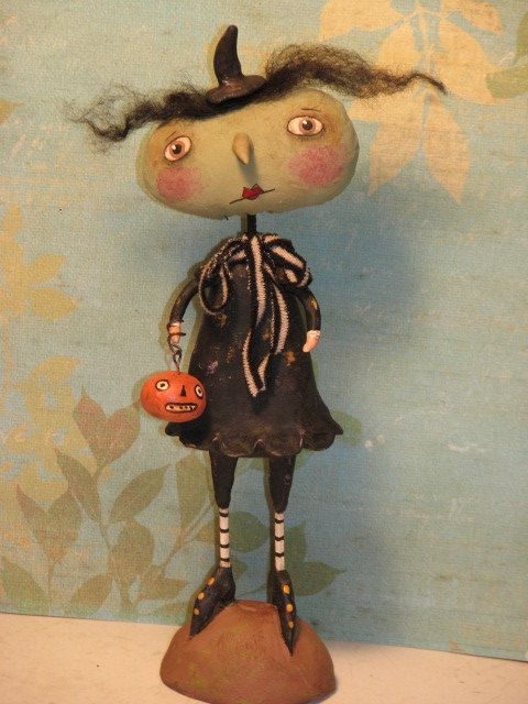 OFFTHEBEAM Primitive Halloween Witch with Pumpkin .........Clay and Cloth Art Doll