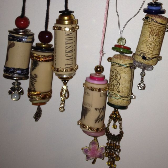 Christmas ornaments from wine corks and old broken jewelry!