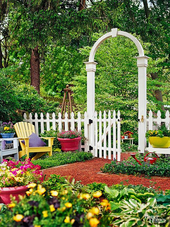 722 best images about fence ideas on pinterest garden for Decorative fences for backyards