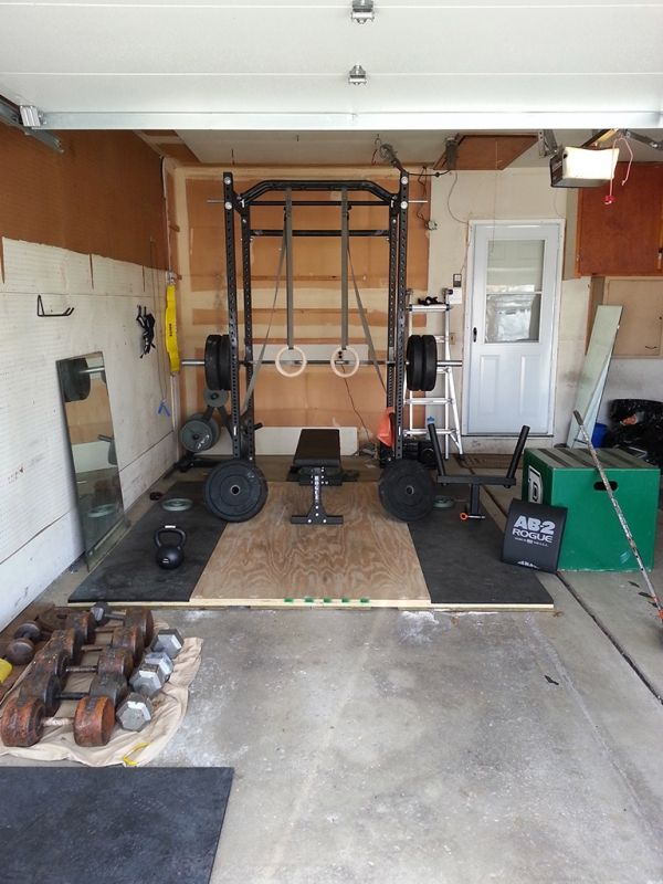 Rogue equipped garage gyms photo gallery home gym
