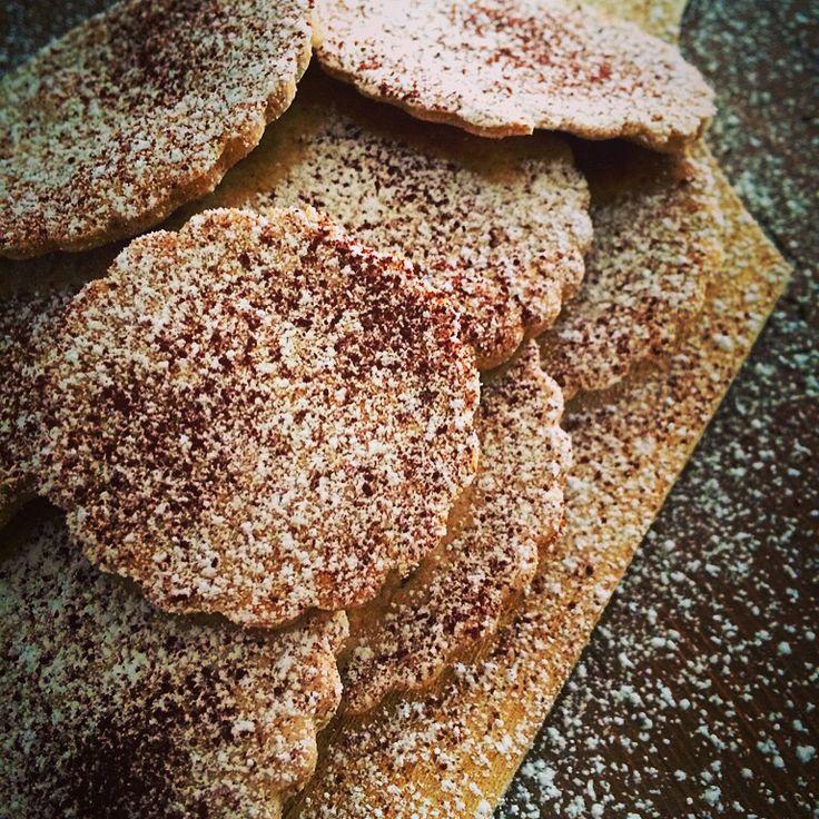 Biscotti con farina di farro e latte di avena -senza glutine-