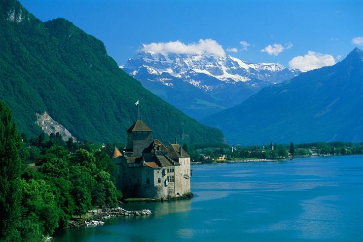 Chateau de Chillon en la ribera del Lago Lemán, el ambiente alpino donde Wasser desarrolló su olfato