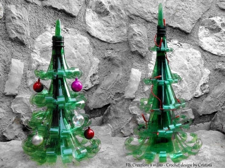 albero di natale riciclo bottiglie di plastica