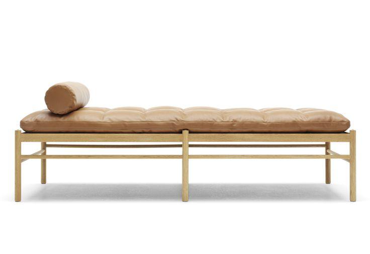 OW 150 daybed designed by Ole Wanscher at twentytwentyone