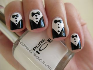 Cute tuxedo nails (easy tip: do the black part with sharpie) ;)
