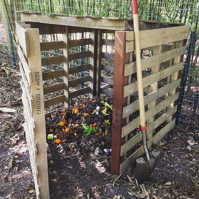 181 best images about pallets here pallets there pallets for Upcycled garden projects from junk
