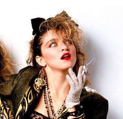 Buscando los looks de Madonna desesperadamente. #SaraRuesga #Mujerespacio #LaMiradaDeSaraRuesga #Madonna  http://www.mujerespacio.com/sara-ruesga-belleza/buscando-los-looks-de-madonna-desesperadamente/