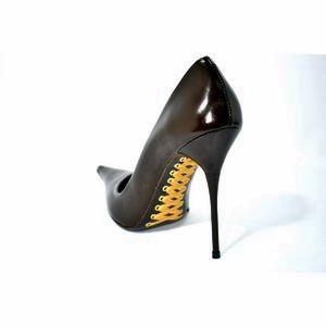 Les Baisers Des Etoiles gold sole stiletto heels