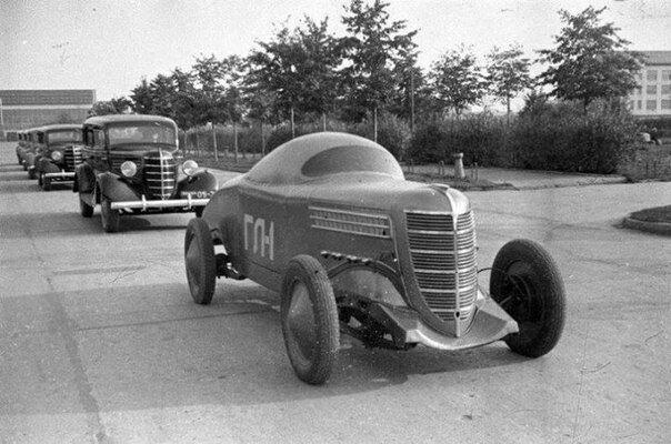Первый советский гоночный автомобиль ГАЗ-ГЛ-1, СССР, 1938 год.