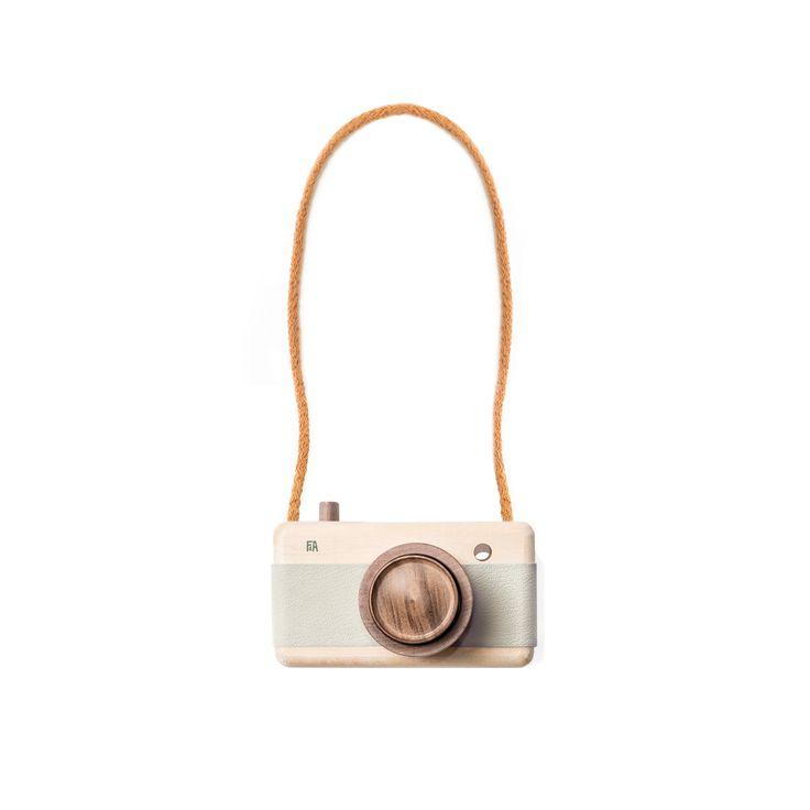 F&A Trækamera / Wooden camera MINERAL. Kr. 459,-