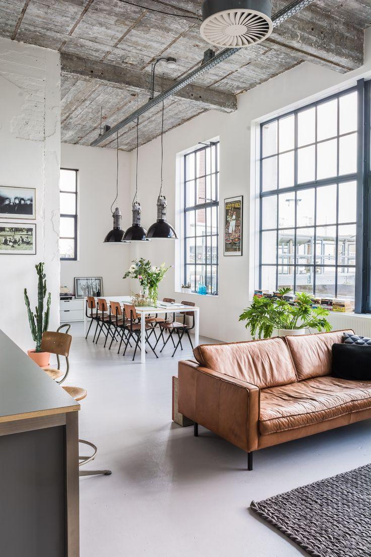 Industrial chic living room - Binnenkijken In De Industri Le Loft Van Lieke Everythingelze Com Industrial Living