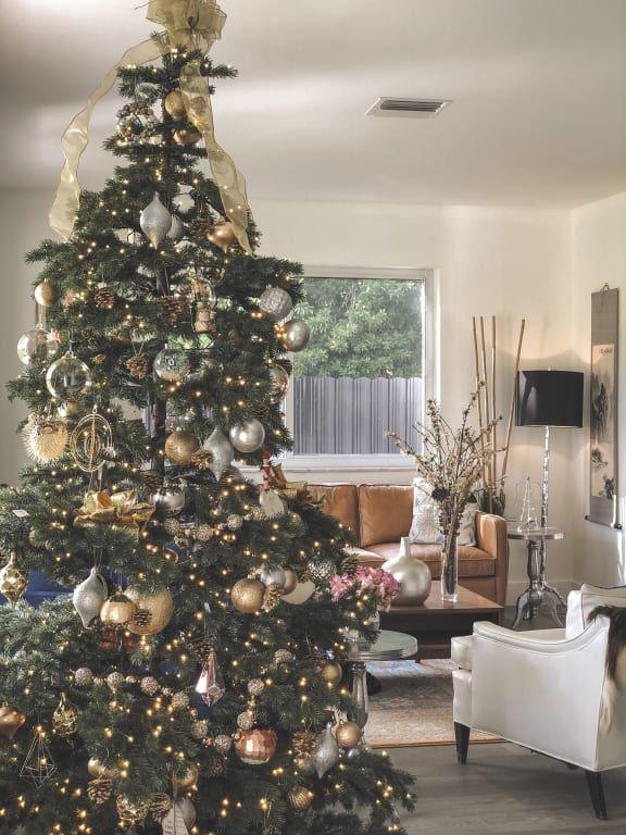 Yukon Christmas Lights 2020 Yukon Spruce Artificial Christmas Tree   Balsam Hill in 2020