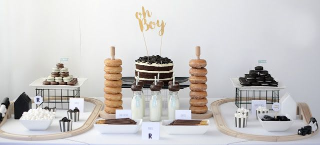 Lovely dessert table with doughnuts!