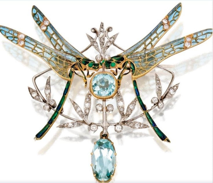Lalique(?) 1900 'Dragonfly' Pen-dant-brooch: gold/ platinum/ diamond/ aquamarine; 2 facing dragonflies, the wings applied w/blue plique-à-jour enamel, the bodies applied w/pail-lonné green enamel, centered w/a cushion-shaped aquamarine, the pendant set w/an oval aquamarine, the leaves set w/rose-cut & old European-cut diamonds, partial maker's mark, French assay marks