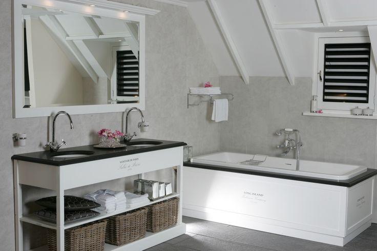 frans ingerichte badkamer inbouw bad frans badmeubel