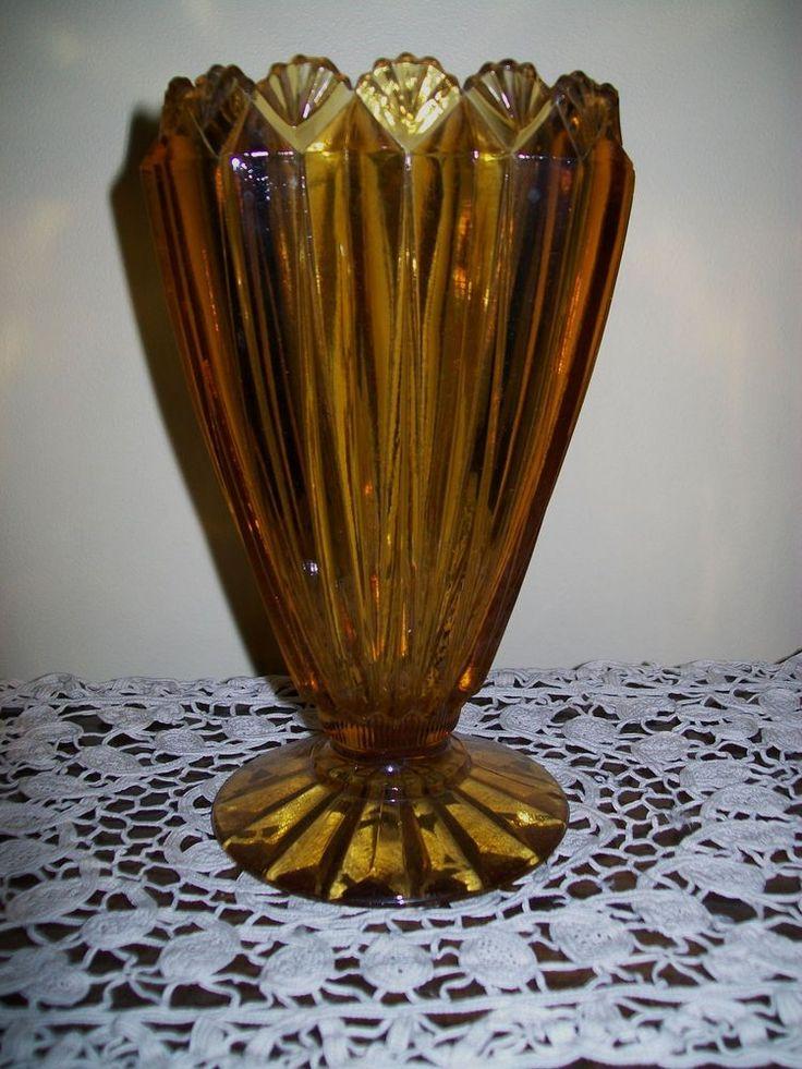 VINTAGE ART DECO FOOTED AMBER GLASS VASE 20cm