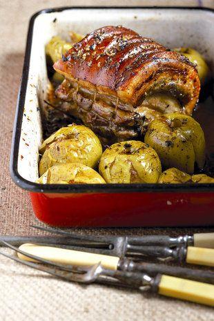 Geroosterde vark met gebakte appels | SARIE | Roast pork with baked apples