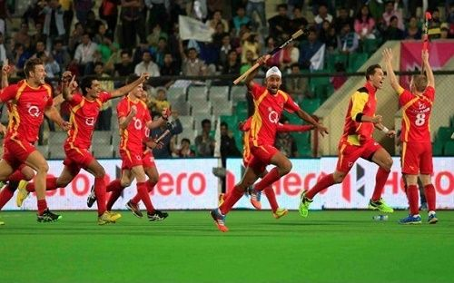 Ranchi Rays have qualified for the final of Hockey India League 2015. RR defeated Uttar Pradesh Wizards by 9-8 score in penalty shootout of 1st semifinal.