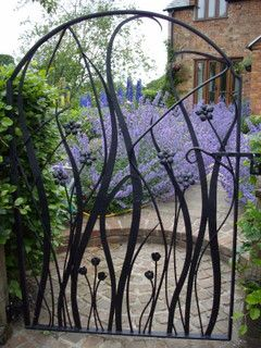 Forged flower gate by Simon Connett