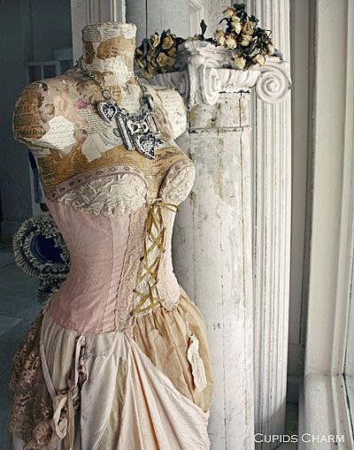 this is so pretty: Charms, Corsets, Shabby Chic, Vintage Fabrics, Beautiful Dresses, Vintage Dresses Form, Dressform, Shabby Vintage, Art Rooms