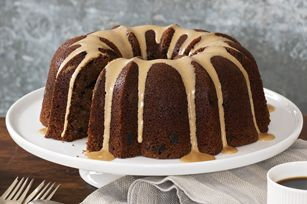 Kahlua cake. Now here is a cake I definatly want to try. I think it would be assume with Irish Creme also. Definatly will have to try it both ways.