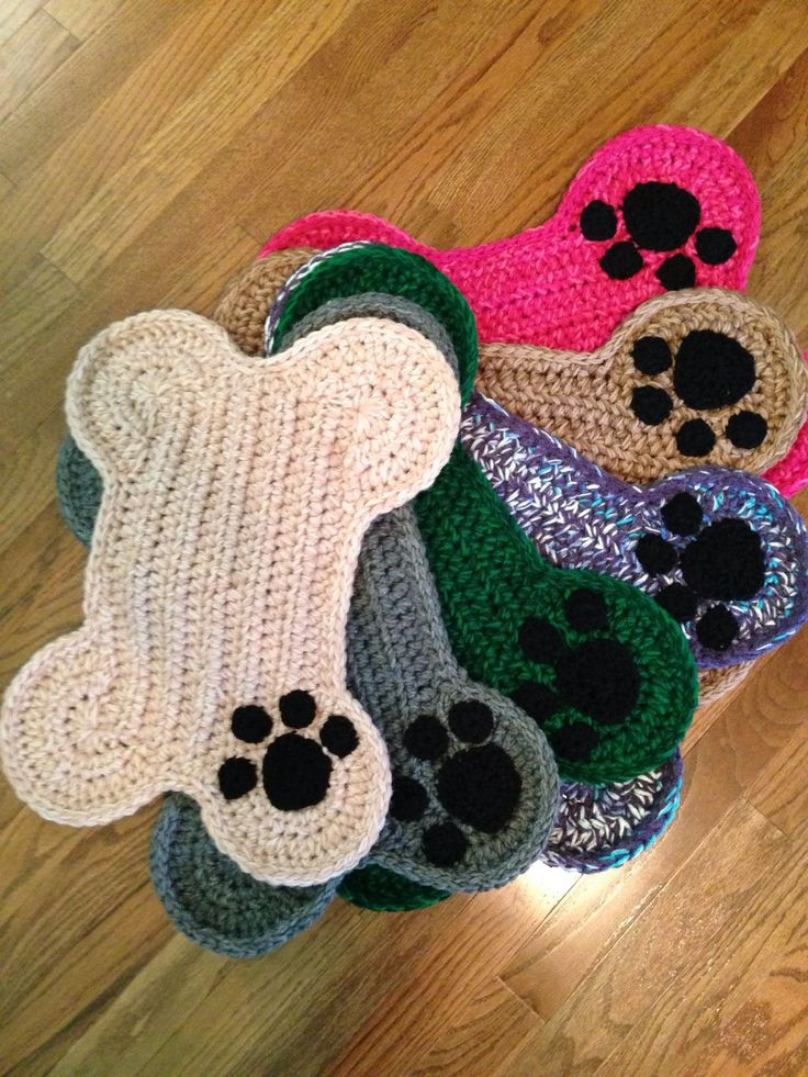Dog Bone Placemat With Paw Print Crochet Pet Floor Food