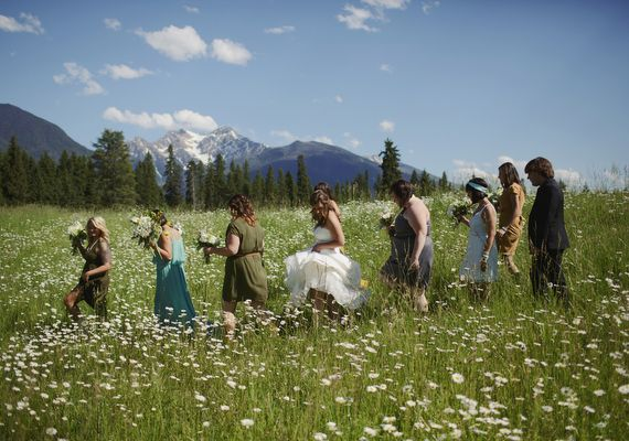 Rustic outdoor Montana wedding | photo by Ben Blood