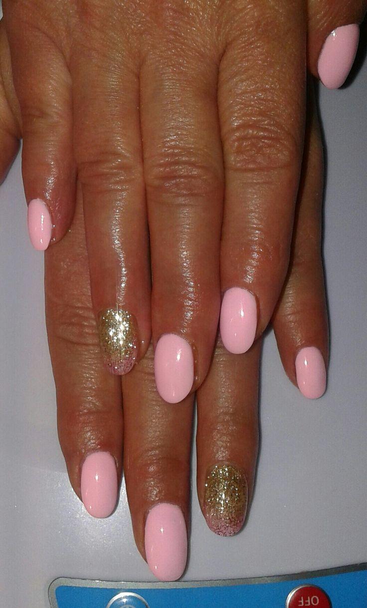 Fungo di unghie su un trattamento di unghia un forum