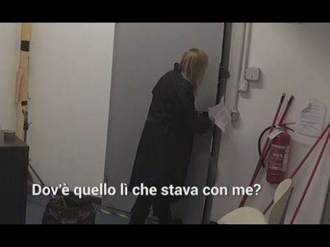 Le Iene, lo scherzo a Lory Del Santo !! - YouTube