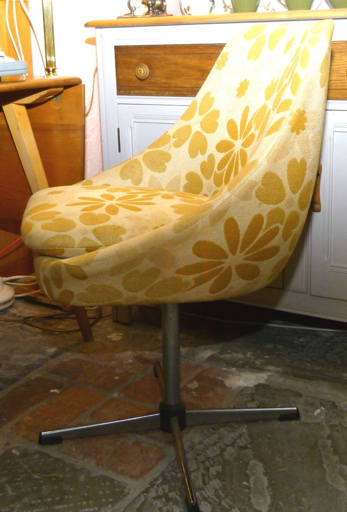 Retro 70 s Swivel Chair / Small Vintage Chair (2 available)