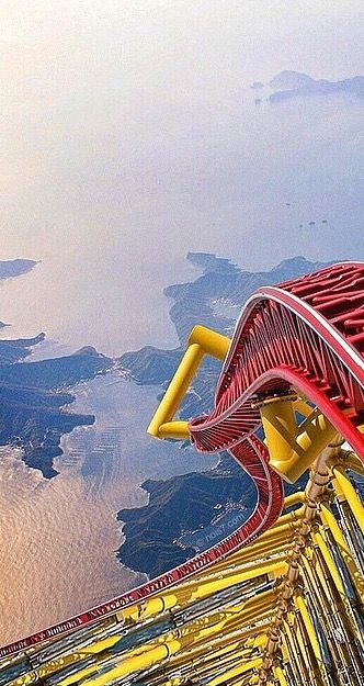 Epic Rollercoaster Island /// #travel #wanderlust