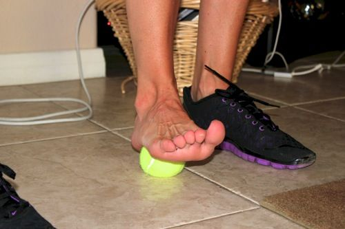 foam roller for runners - tennis ball for Planter fasciitis