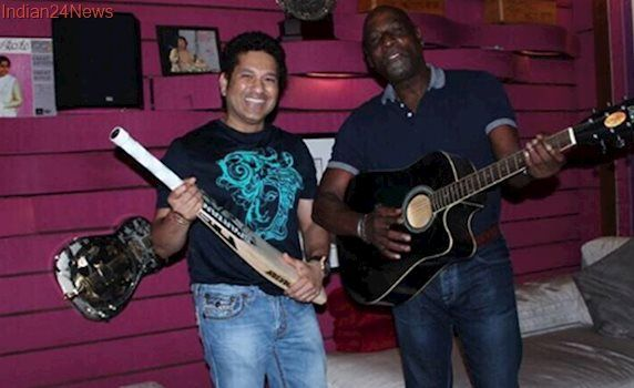 IPL 2017: Sachin Tendulkar and Viv Richards have a musical session together