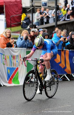 Katie Archibald competing in the road race at the 2014 Commonwealth Games, Glasgow. - Emma Felton - Cycling Photography & Gifts