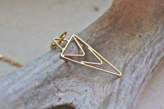Stunning Dagger Necklace #BRIKAgiftlist