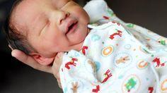 Ça y est! Bébé est arrivé! Il faut maintenant en prendre soin. Pour vous guider, nous vous présentons un résumé des gestes à poser.
