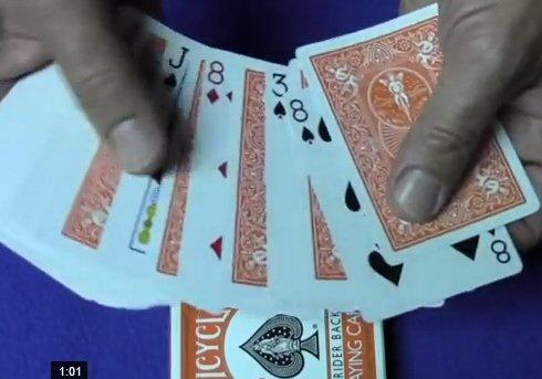 Alex Elmsley : Mathematical Card Trick Tutorial that uses the Gilbreath Principle   http://www.youtube.com/watch?v=zAHCHDMPdMU
