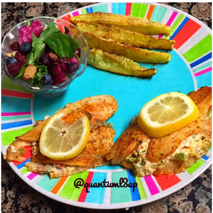 Breakfast/ Lunch : Stuffed flounder, Squash spears, and salad #quantuml3ap  #LowCarb #Eatcarbsforwhat #LCHF #Keto #Ketosis #Ketogenic #lifestylechange #EatFatBurnFat #FoodPorn #Atkins  #widn #paleo #foodpics #foodblogger #foodie  #foodgoals #florida #instafood #floridalife #lowcarbdiary #foodiegram #photooftheday #instadaily #flounder #creamcheese #jalopeno #lunch #sslad #squash