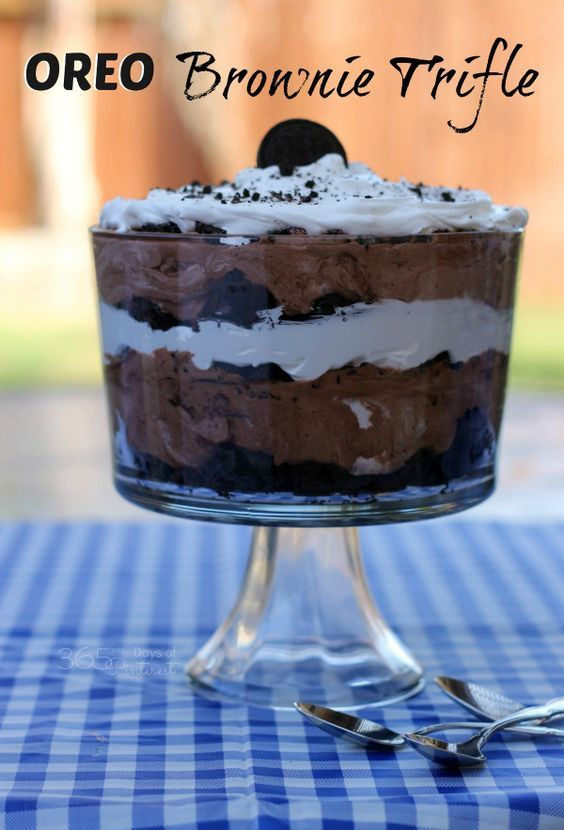 Layers of chocolate brownies, pudding, cream cheese, whipped topping and OREOs make this OREO brownie trifle beautiful and delicious! It's a perfect summer dessert!