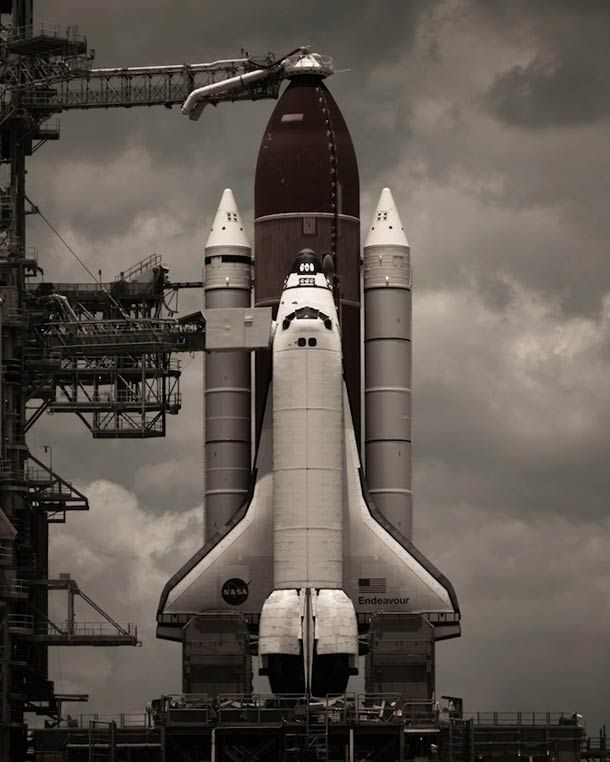 AMAZING PICTURES OF AMERICA'S SPACE SHUTTLE PROGRAM
