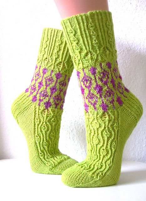 Ravelry: Project Gallery for Echeveria pattern by Rachel Coopey