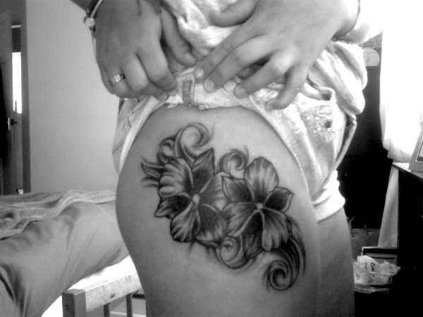 http://www.ratemyink.com/images/ul/127/Orchid-flowers-tattoo-127890.jpeg
