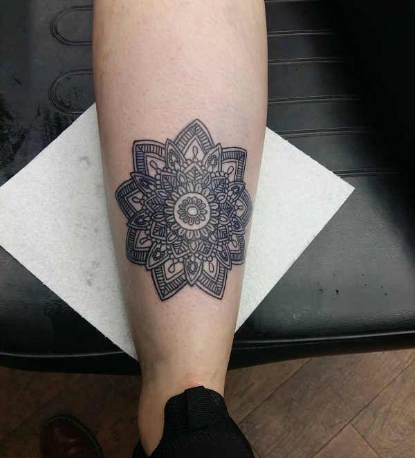 Tatuaż Z Mandalą Znaczenie Symbolika 100 Zdjęć Pomysł
