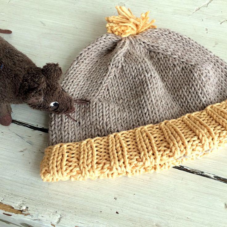 Simple, Kid Beanie,  Knitted by GözdeSigurðs.// Kolay örgü çocuk bere.