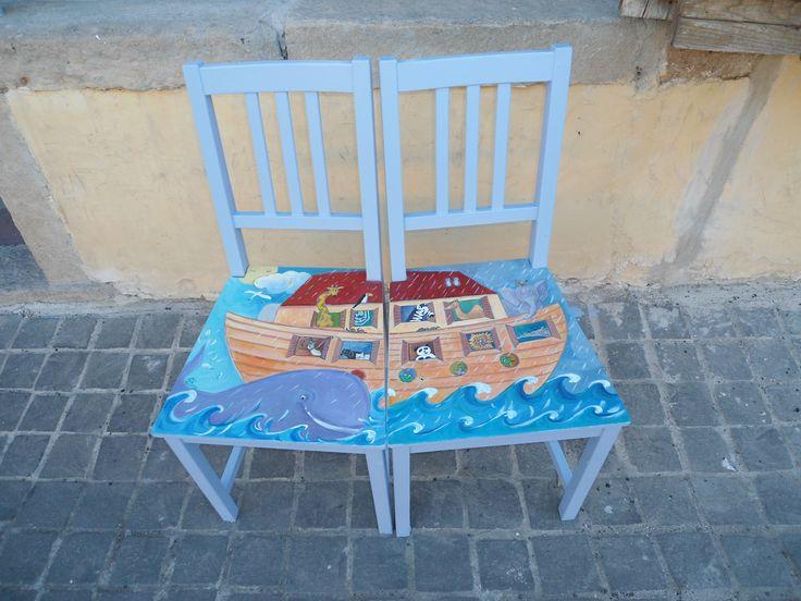 le mie sedie arca di Noè,rigorosamente riciclate e dipinte a mano